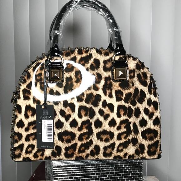 90b8fe0c55 💕ON HOLD💕Dasein Patent Leather Handbag